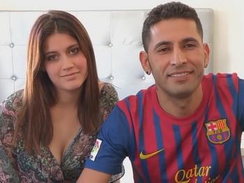 La muñequita tetona de 22 años enamorada del brasileño que se las liga a ritmo de Samba. Suri y Fabio.